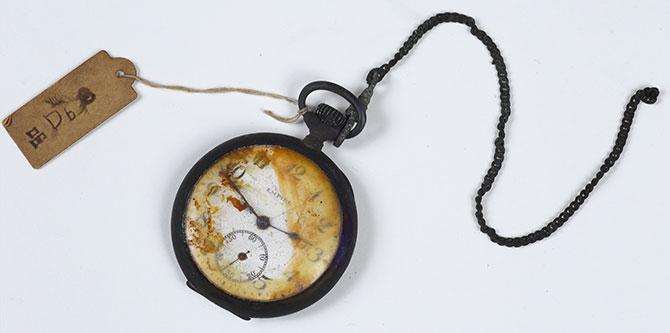 戦災にあった時計(2)